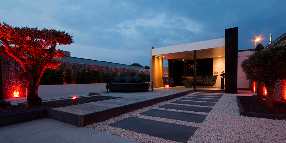 State Of The Art|Outdoor Living|Contacteer ons|